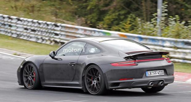 Here is the 2019 Porsche 911!