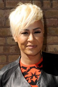 She 's often spotted with her hair styled into retro waves and crazy coiffs but Emeli Sande 's crop works equally as well when it 's simply brushed forward and to one side.