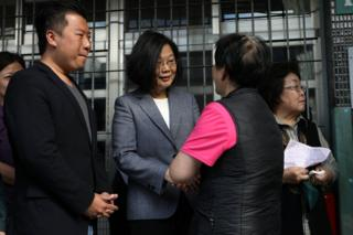 Taiwanese President Tsai Ing-wen arrives to cast her vote for the local elections in New Taipei City, Taiwan, 24 November