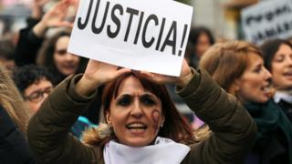 Women's rights protest in Madrid, 25 Nov 18