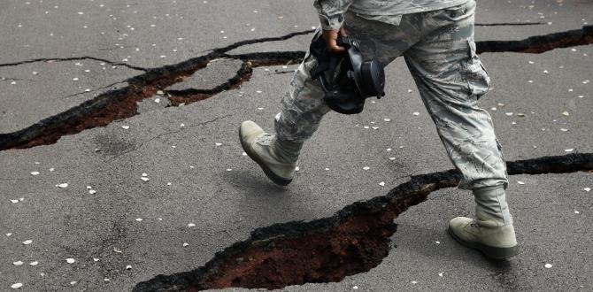Latest lava flow destroys 4 homes, sparks evacuation prep