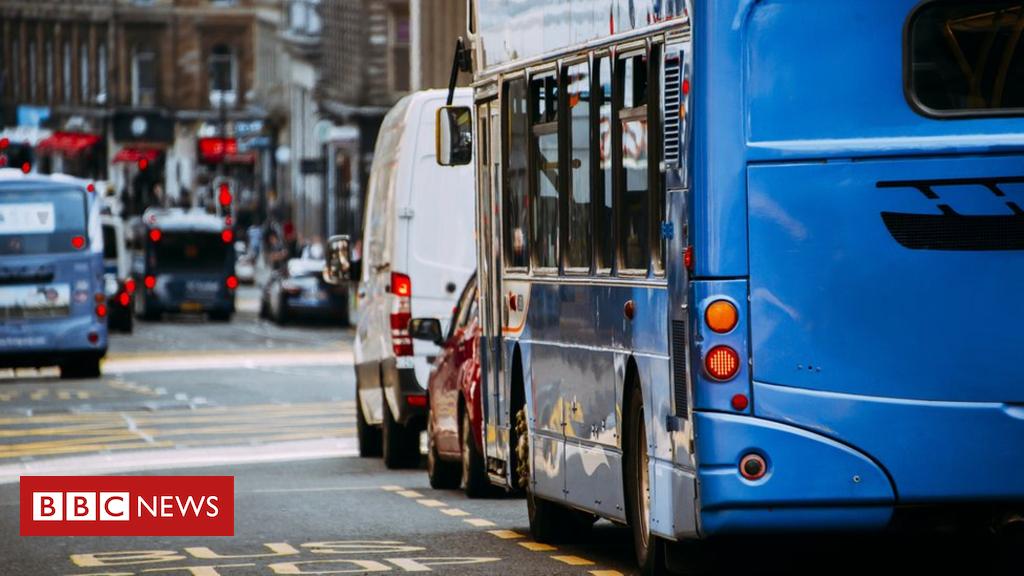 Older cars face Glasgow city centre ban