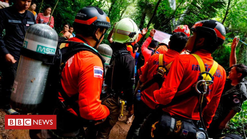 Thai teenage soccer team trapped in cave is also 'still alive'