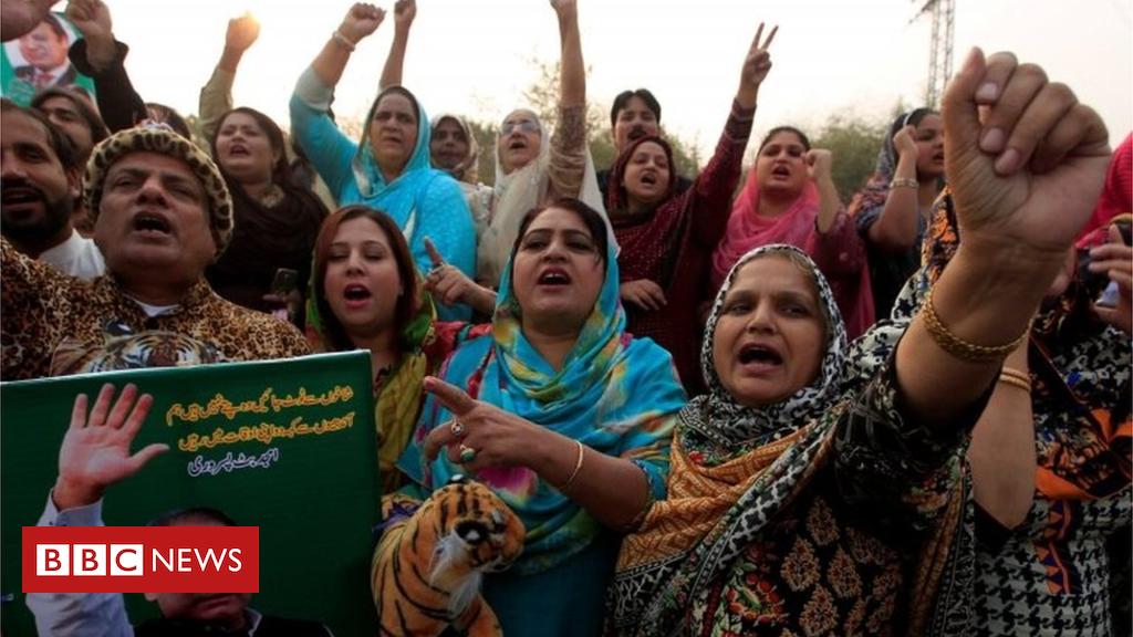 A warfare of nerves among Pakistan's army and Sharif