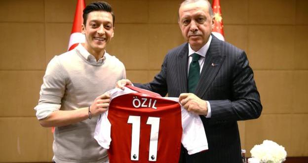 Mesut Ozil says no longer having picture with Turkish president can be 'disrespectful'