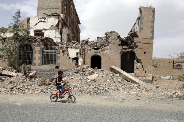 no less than 8 useless after Saudi planes bomb Yemeni wedding celebration