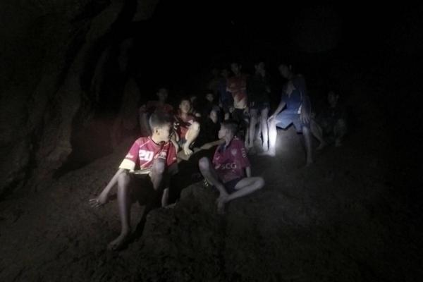 Youngster soccer crew may be stuck in Thailand cave for months