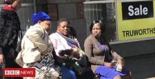 Zimbabwe election: Hustling for cash to outlive
