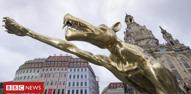 Chemnitz protests: Hitler salute wolves displayed