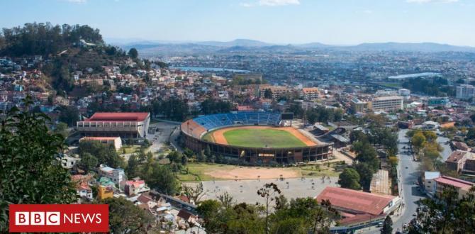 Fatal stadium stampede at Madagascar v Senegal match