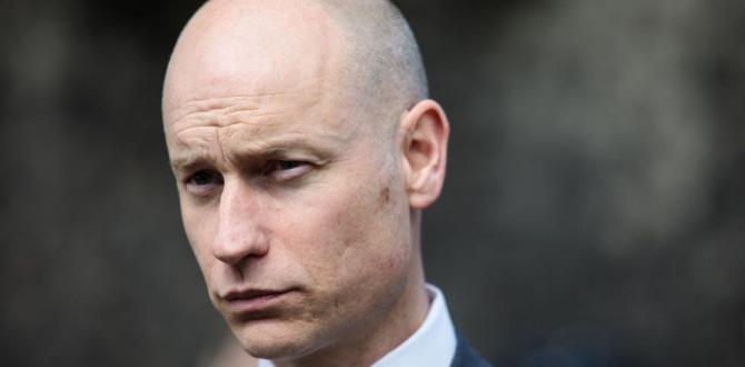 Labour dangers 'Marmite' standing, Stephen Kinnock claims