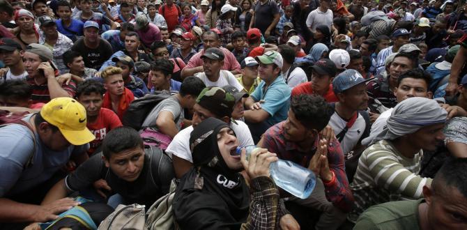 Honduras migrant caravan crosses Guatemala border, heads for U.S.