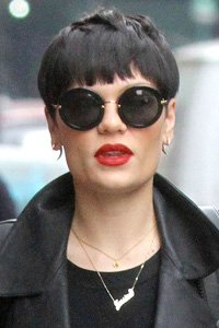 """<center>Brushing her cropped hair forward to replicate a retro bowl cut, by keeping the fringe choppy Jessie J stops her hair from looking too boyish."""" /> 7/85 </p> <h2>Brushing her cropped hair forward to duplicate a retro bowl lower, through retaining the fringe choppy Jessie J stops her hair from looking too boyish.</h2> </p> <p> <img width="""