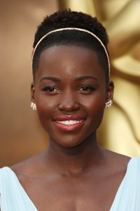 """<center>Not sure how to wear your short hair? Copy Oscar winner Lupita Nyong 'o and add a hairband. Easy peasy."""" /> 15/85 </p> <h2>Not Sure the best way to put on your brief hair? Copy Oscar winner Lupita Nyong 'o and add a hairband. Simple peasy.</h2> </p> <p>  <img width="""