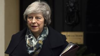 Brexit: Cabinet 'ramps up' no-deal planning