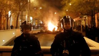 Hungary 'slave labour' regulation sparks protest on parliament steps
