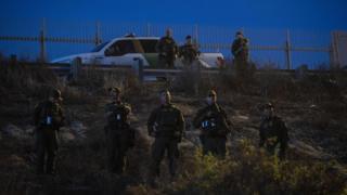Migrant caravan: US to analyze after child dies in custody at border
