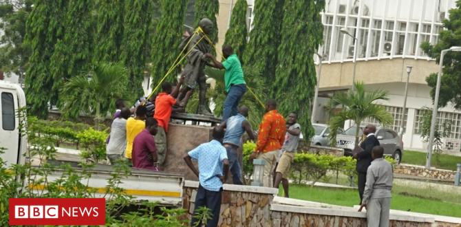 'Racist' Gandhi statue far from University of Ghana