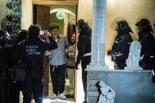 Rome police grab eight Casamonica mafia villas