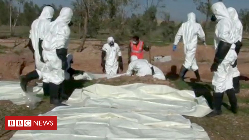 Syria battle: 'Seven mass graves found' in former IS stronghold