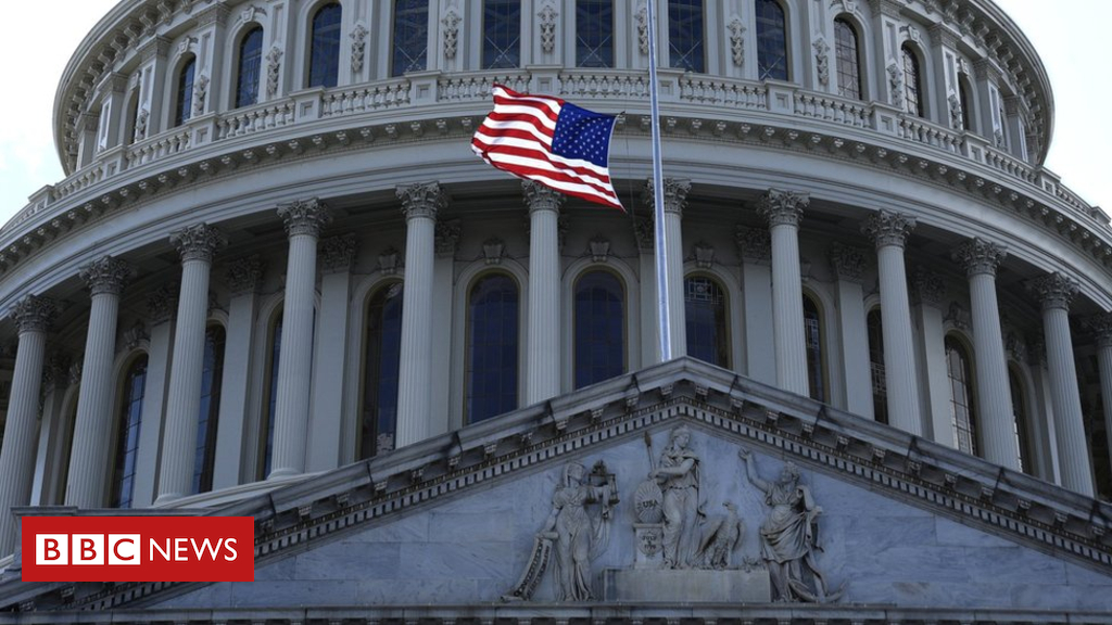 US mid-term elections: Republican committee reviews hacking to FBI