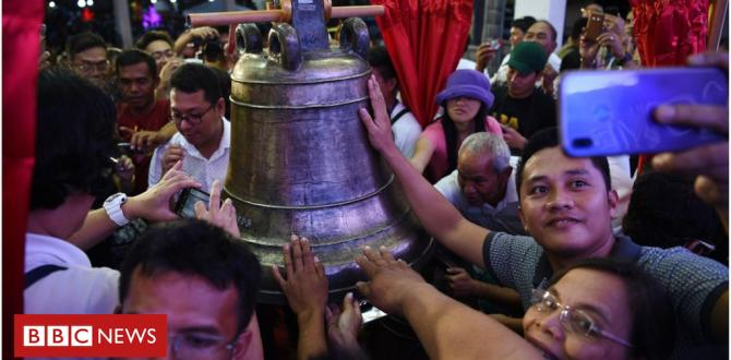 US returns looted Balangiga church bells to Philippines