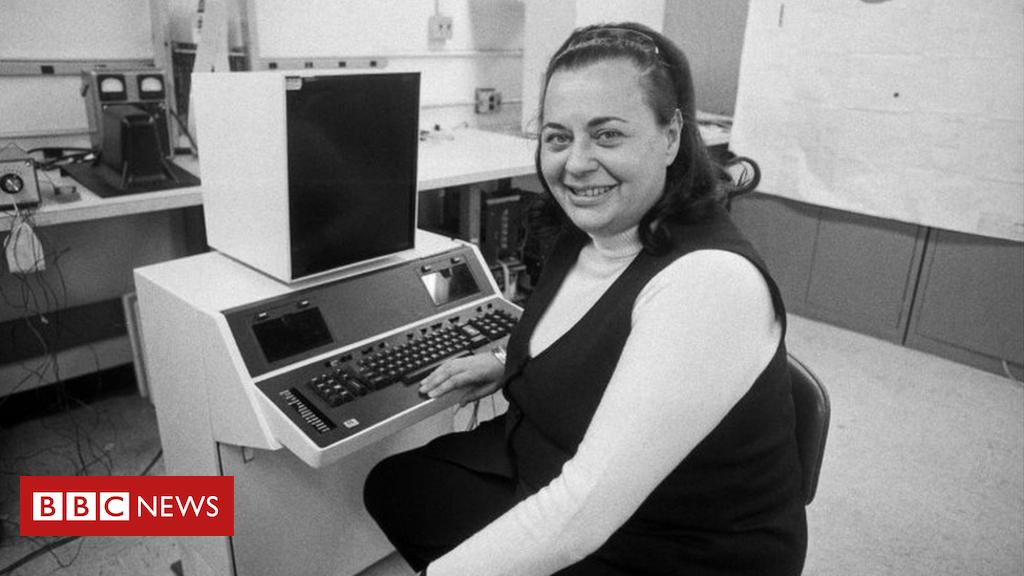Word processor pioneer Evelyn Berezin dies aged NINETY THREE