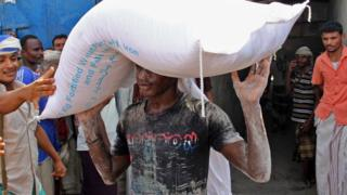 Yemen war: Billions in aid, however where's it going?
